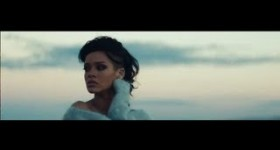 Rihanna – Diamonds
